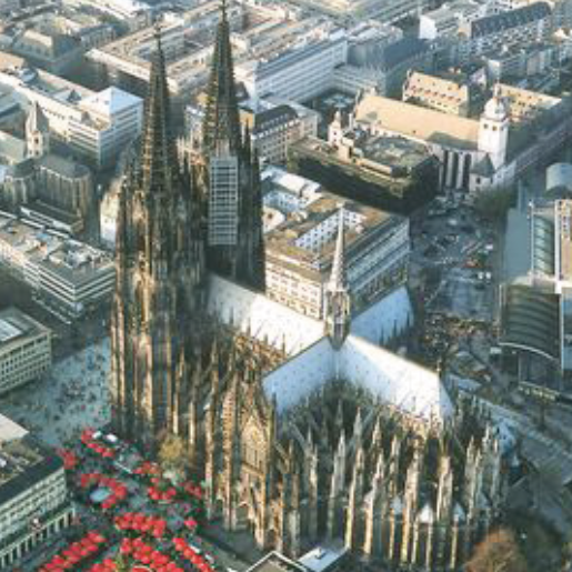 Ideally situated – in the heart of Pulheim, on the doorstep of Cologne